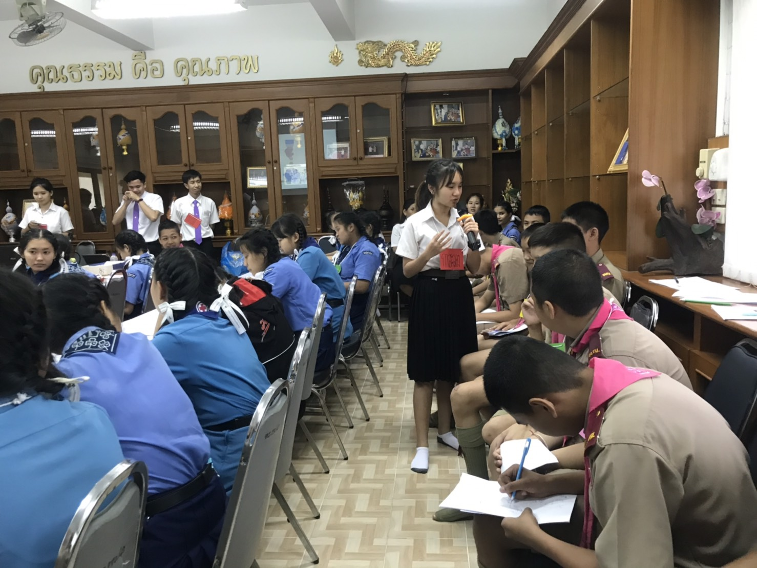 หัวหน้าภาควิชาอาชีวศึกษา นำนักศึกษาจัดโครงการอบรมความรู้และเสริมสร้างความเข้มแข็งของชุมชน