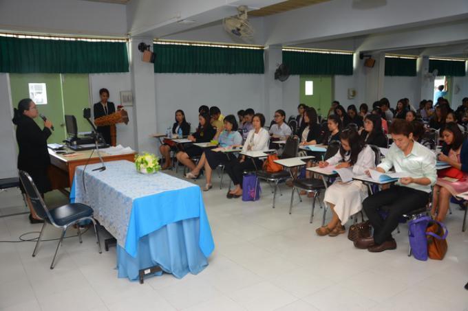 คณะศึกษาศาสตร์ มช. จัดกิจกรรมปฐมนิเทศนักศึกษาใหม่  ระดับบัณฑิตศึกษา ประจำปีการศึกษา 2558